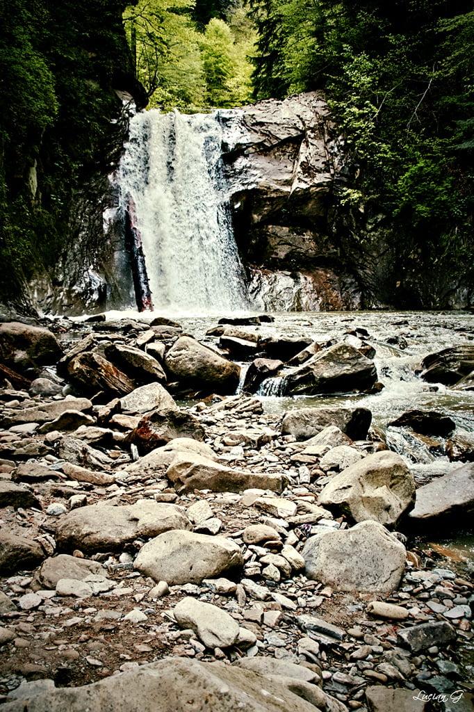 Cascada Pruncea (Casoca)